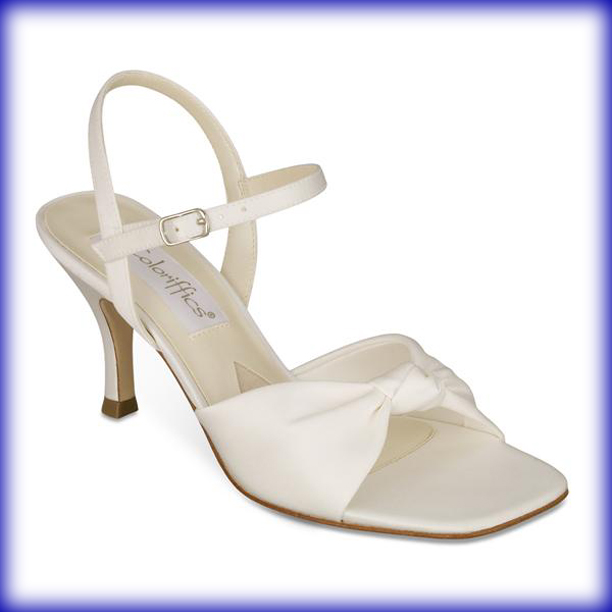 Knotty Ivory Mid Heel Evening Shoes